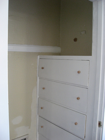 Closet (right)